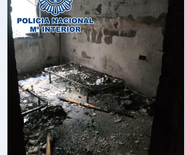 Una de las habitaciones del edificio en el que se originó el incendio.