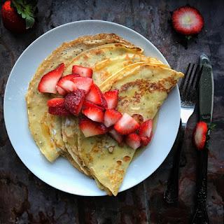 Easy Chia Pancakes w/ Strawberries.