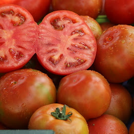 Tomatoes at the market by Carola Mellentin - Food & Drink Fruits & Vegetables (  )