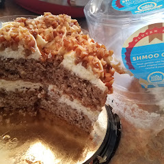 Here's the Schmoo cake - looks good but just ok. Wouldn't waste calories on this one.