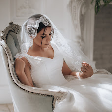 Wedding photographer Valeriya Yarchuk (valeriyarsmile). Photo of 30.08.2018