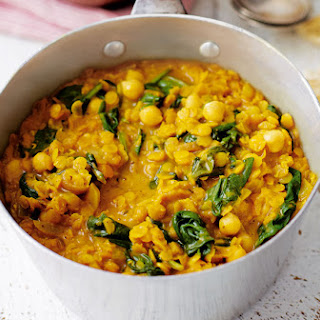 Spinach And Chickpea Coconut Dahl