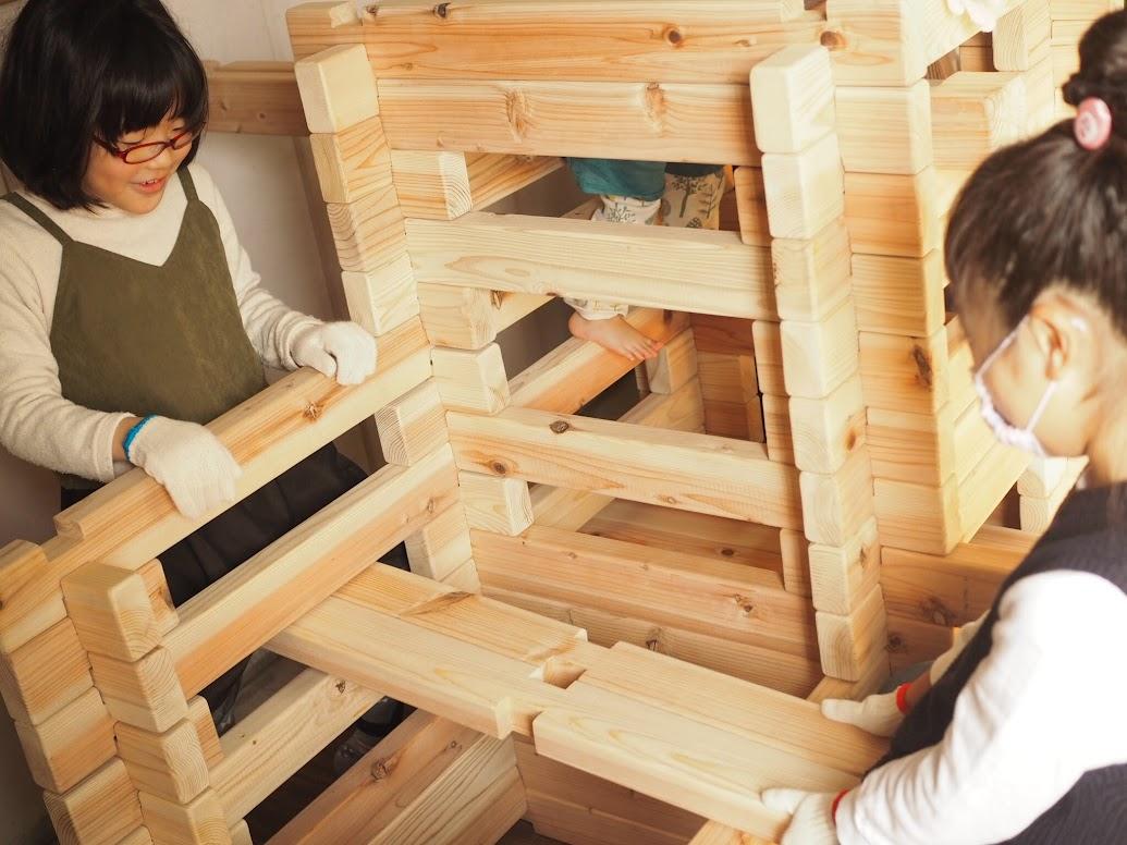 宮城県産間伐材使用「ログハウスキット」