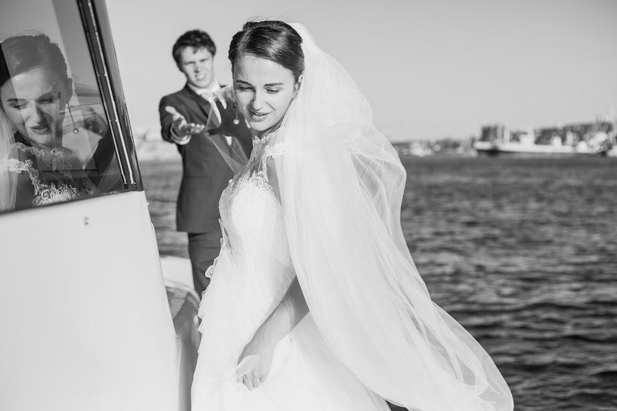 Wedding photographer Anastasiya Marchenko (AnaBella). Photo of 02.10.2017