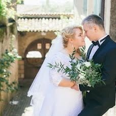 Wedding photographer Lola Alalykina (lolaalalykina). Photo of 02.02.2018