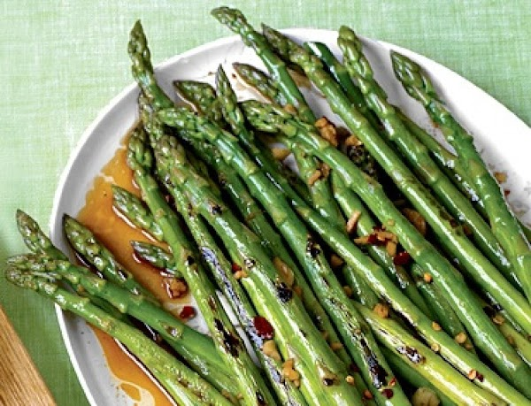 Eat asparagus, prevent a hangover. The leaves and shoots of this super-veggie contain enzymes that...