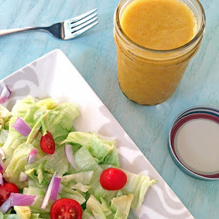 Honey Sriracha Vinaigrette