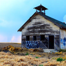 Decay Central Washington by Selene Andreasen - Buildings & Architecture Decaying & Abandoned