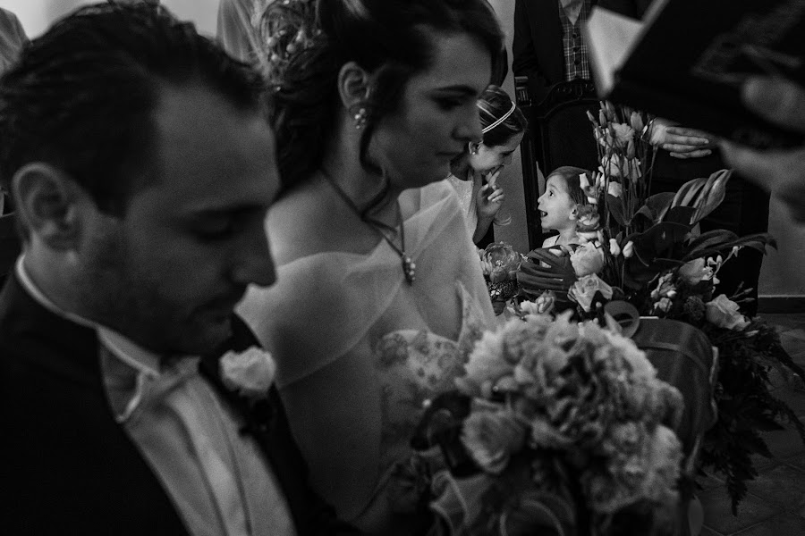 Wedding photographer Pasquale Minniti (pasqualeminniti). Photo of 03.10.2017