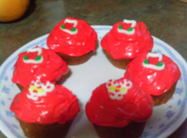 Grace's Christmas Red Cup Cakes Recipe