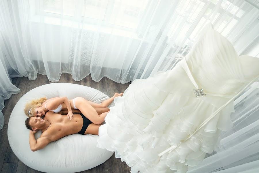 Wedding photographer Anton Tyurin (AntZ78). Photo of 05.09.2016