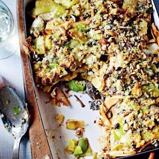 Jamie Oliver's vegetarian gorgonzola, mushroom and leek crespelle bake.