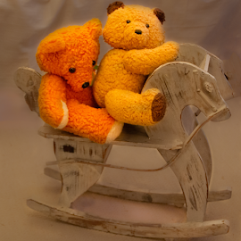 Two teddy bears riding by Sakari Partio - Artistic Objects Toys