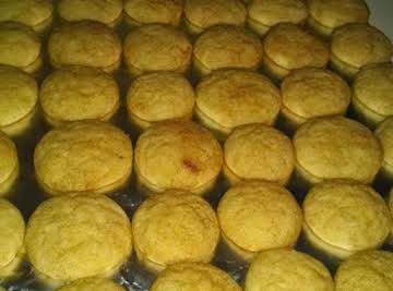 """THELMA'S """"FAMOUS"""" SNICKERDOODLES"""