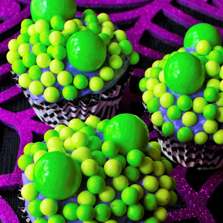 Toil and Trouble Halloween Cupcakes