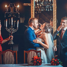 Wedding photographer Aleksandr Kompaniec (fotorama). Photo of 09.11.2017
