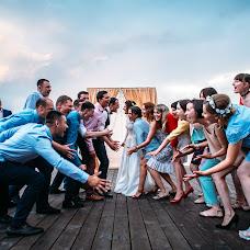 Wedding photographer Dmitriy Besov (Zmei99). Photo of 28.07.2017