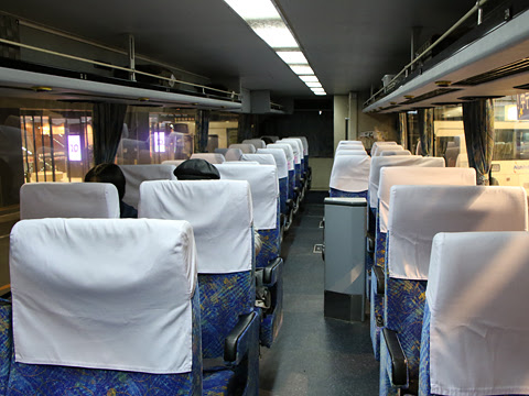 西鉄高速バス「フェニックス号」 9912 車内