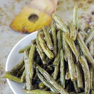 Balsamic Oven-Roasted Green Beans