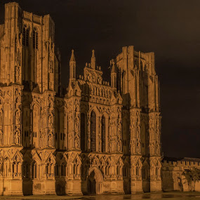 Wells Cathedral By Night by Parker Lord - Buildings & Architecture Places of Worship ( religion, wells, somerset, lord parker, cathedral )