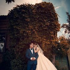Wedding photographer Evgeniya Surkova (surkova). Photo of 15.10.2013