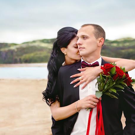 Wedding photographer Ekaterina Kolesnik (KolesnikE). Photo of 14.10.2017