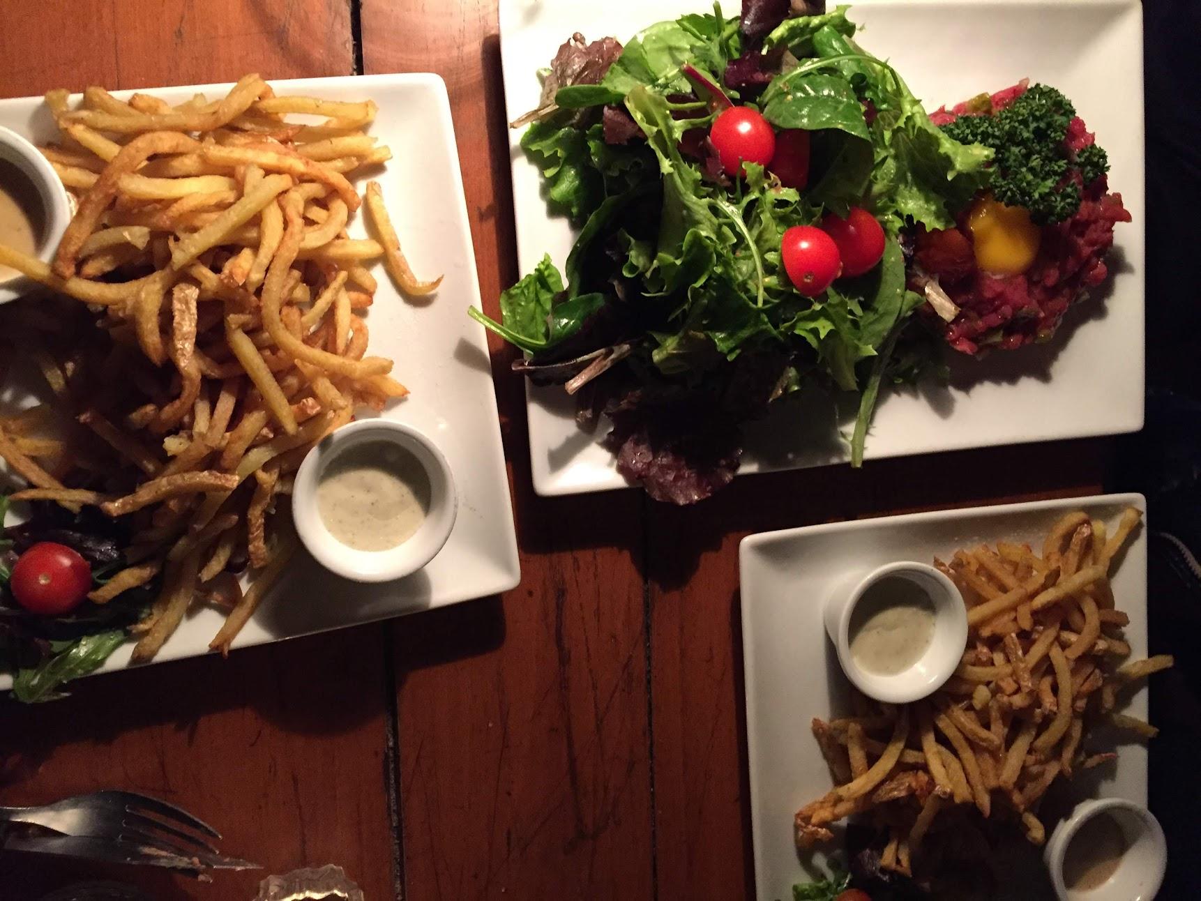 L'aller Retour Steak コートドブッフ パリ ビストロ レストラン フランス料理 ラバロック シャロレー牛 タルタルステーキ