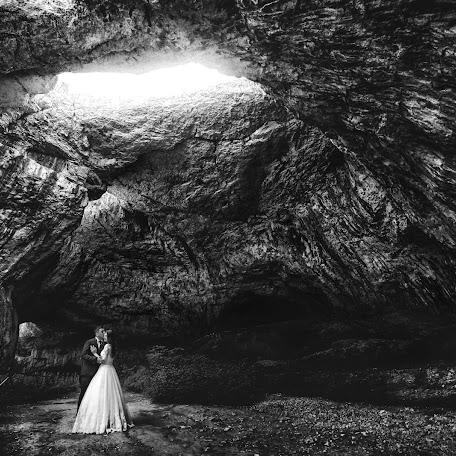 Wedding photographer Marius Stoica (mariusstoica). Photo of 16.02.2018