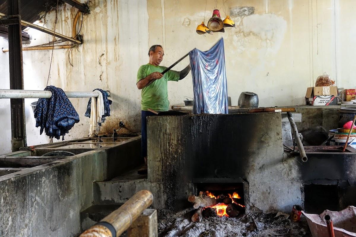 Indonesia. Crafts . Batik Sheet Tainting