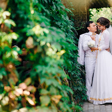 Wedding photographer Aleksandr Logashkin (Logashkin). Photo of 04.11.2016