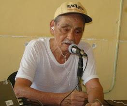 Photo: Don Alberto conduce le programa TIEMPO DE VIVIR
