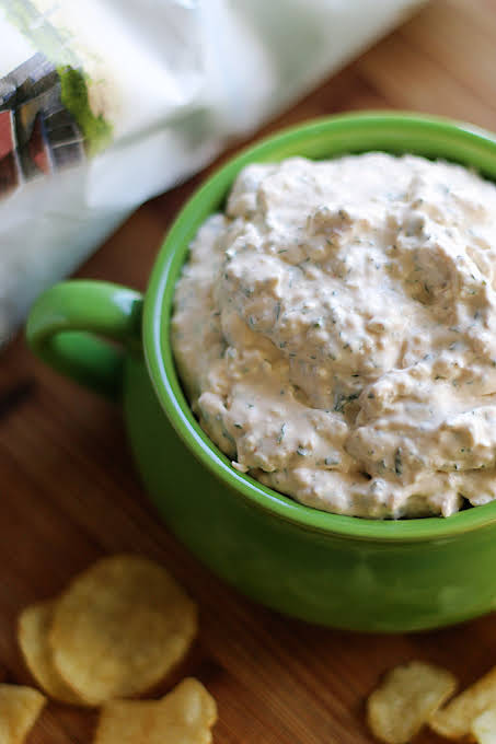 New England-Style Clam Dip