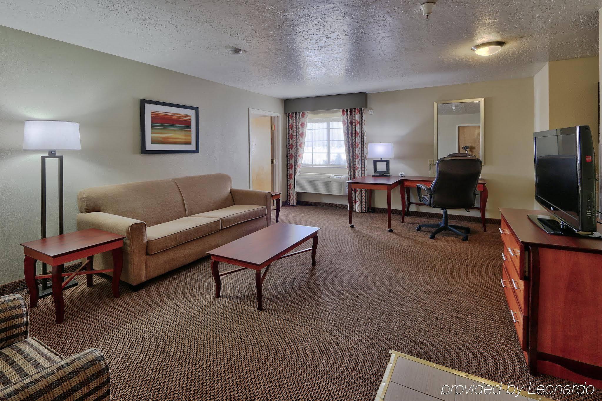 Holiday Inn Albuquerque Airport