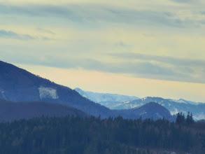 Photo: Abhang Unterberg, Kl. Mitterbergwand (1863m), Obersberg (1467m),  Donnerkogel (1617m), Donnerwand (1799m); der dunkle Gupf vor dem Obersberg ist der Furtnerberg (1090m) bei Rohr im Gebirge.