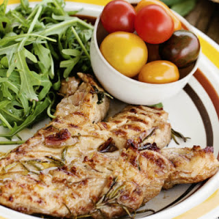 Garlic-Peppered Grilled Chicken Breasts