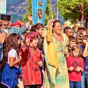 Festa by Shahnila Ejaz - People Group/Corporate