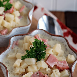 Crock Pot Cream Cheese Ham & Potato Soup.
