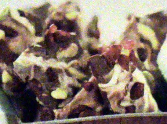 Michigan Cherry & Pistachio Bark Recipe