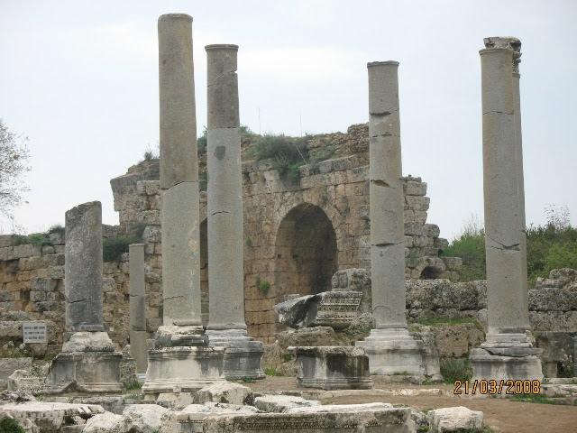 Turquía en el recuerdo (I).- Perge