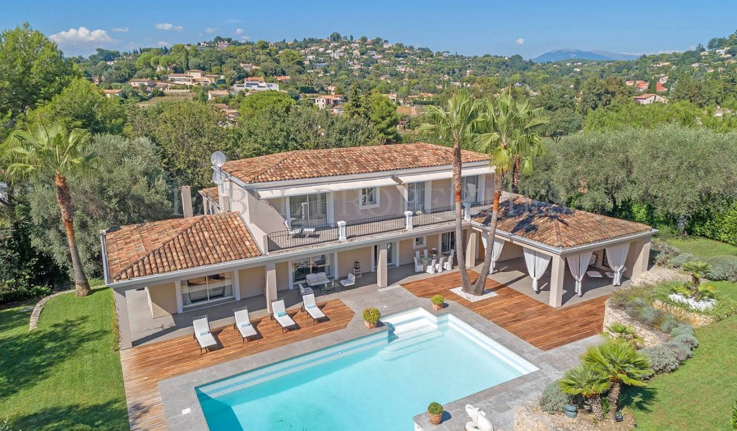 House with pool and terrace Mougins