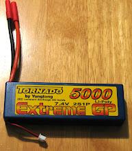 Photo: Overlander Tornado Extreme GP 5000mAh 7.4v LiPo Pack ja itse juotetut akun liittimet