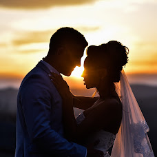 Wedding photographer Natasha Zabavina (ZABAVINATASHA174). Photo of 06.06.2017