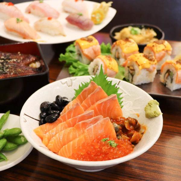 銷魂好吃的蒲燒鰻魚丼,三船の鰻丼-府連店,真材實料,食材新鮮美味!推綜合握壽司/生魚片/鮭魚親子丼!