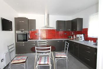 villa à Boisset-et-Gaujac (30)