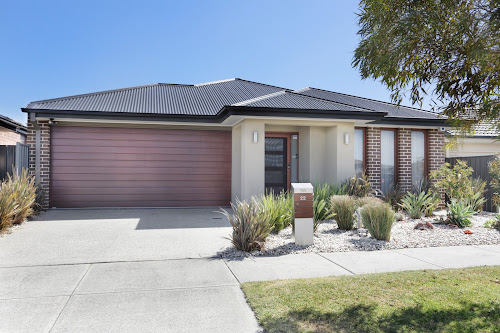 Photo of property at 22 Bacchus Road, Cranbourne West 3977