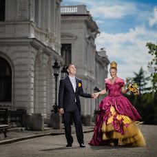 Wedding photographer Pavel Molchanov (molchanov). Photo of 28.11.2015