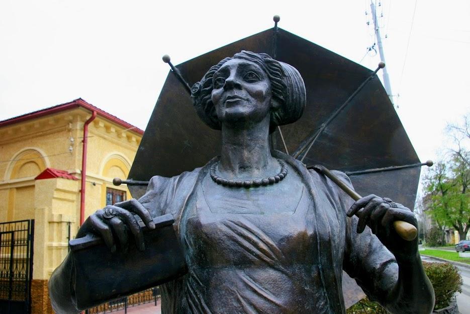 https://sites.google.com/site/istoriceskijtaganrog/home/pamatniki/ranevskoj