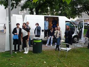 Photo: IT'S NO SWISS PICNIC FOR ME, EITHER. Der dritte Salon des Arts - mobile Bar Christoph Meier