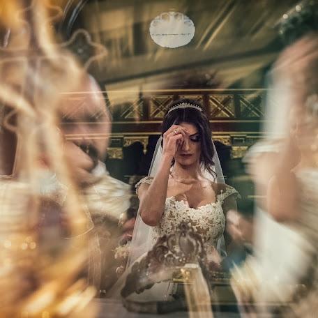 Wedding photographer Mihai Roman (mihairoman). Photo of 14.02.2018