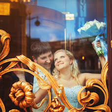 Wedding photographer Sergey Malikov (WEDBRIGHTLY). Photo of 26.01.2013